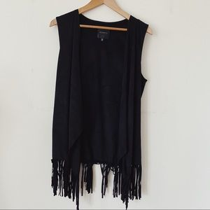 DYNAMITE Size medium to large Velour Style Trendy Black  Shrug